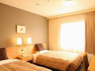 合宿中はホテルに宿泊していただけます!プランによっては、女性デザイナーによるとてもおしゃれな雰囲気の部屋もご用意できます。