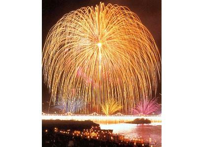 8/2〜8/3に日本一の三尺玉として有名な「長岡大花火」が見れちゃいます!