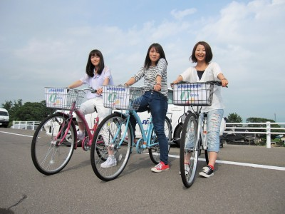 冬季以外は自転車を貸してくれるので、買い物などもしやすいですね。