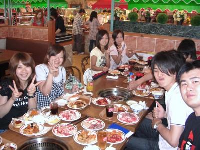 指定期間中に入校した方を対象に、仮免合格後焼肉パーティーを開催!なんと食べ放題♪美味しいお肉をたくさん食べて、第二段階教習もがんばりましょう!