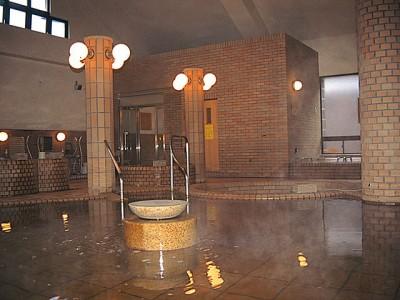 入校特典はまだまだあります。町営の温泉施設「まほらの湯」の入湯券ももれなくプレゼント♪一日の疲れを温泉で癒やしましょう!